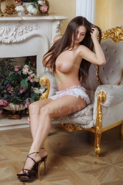 large moscow escorts